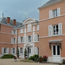 Chateau de la Chapelle des Bois in Thoissey