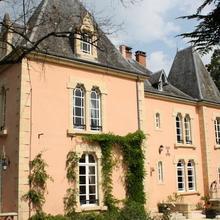 Chateau du Bois Noir in Teillots