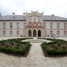 Chateau Herálec Boutique Hotel & Club Resort in Mirovka