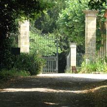 Chateau Les Farcies Du Pech in Saussignac