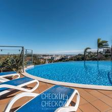 Checkincheckout - Panorama Luxury Flat in Portimao