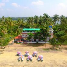 Cherai Beach Residency in Vypin