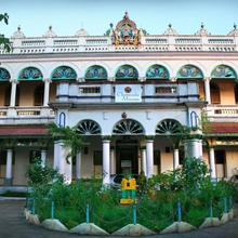 Chettinadu Mansion – An Authentic Heritage Palace in Tirumayam