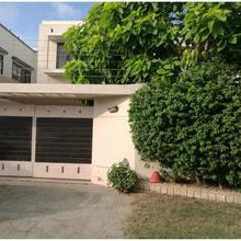 Chinese Guest House - Xiangchu in Karachi