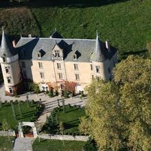 Château de Bessonies in Calviac