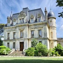 Château De Camperos Vignes & Spa in Landiras