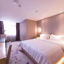 Chunyi Yingka Hotel Chengdu in Chengdu