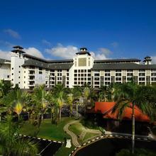 Cinta Ayu All Suites - Pulai Springs Resort in Johor Bahru