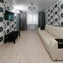 City Center Apartment On Pochtovy 4 in Orenburg