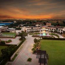 City Park Resort in Ladrawan