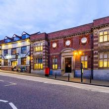 Clarion Collection Hotel St Albans in Welwyn Garden City