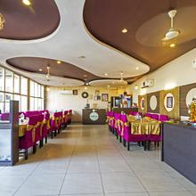 Classic 7 Hotel & Restaurent in Dhanakya
