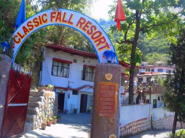 Classic Fall Resort in Mussoorie