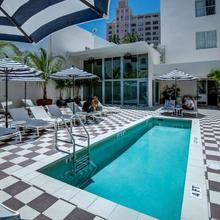 Clinton Hotel South Beach in Miami Beach