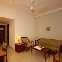Cloud 9 Hotel in Nadukani