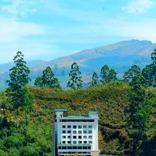 Clouds Valley Hotel in Chinnakanal