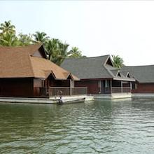 Club Mahindra Ashtamudi in Perumanseri