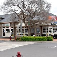 Coachman Hotel Motel in Parkes