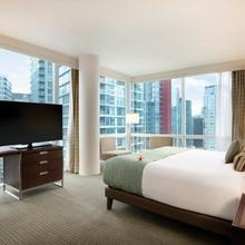 Coast Coal Harbour Vancouver Hotel By Apa in Vancouver