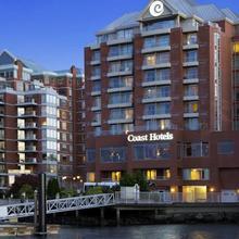 Coast Harbourside Hotel & Marina Victoria in Victoria