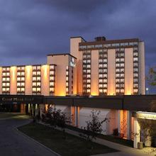 Coast Plaza Hotel & Conference Centre in Calgary