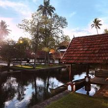 Coconut Lagoon - Cgh Earth in Vaikom