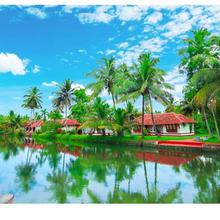 Coir Village Resort in Kayamkulam