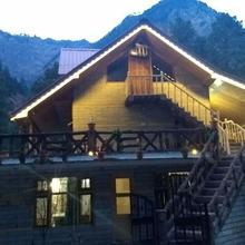 Colonel's Dacha in Kasol