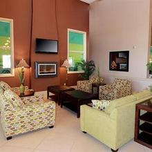 Comfort Inn & Suites Ambassador Bridge in Detroit