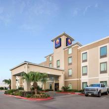 Comfort Inn & Suites Fm1960-champions in Houston
