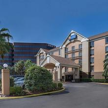 Comfort Inn & Suites Southwest Freeway At Westpark in Houston