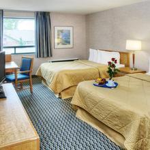 Comfort Inn Oshawa in Oshawa