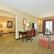 Comfort Inn & Suites in Sacramento