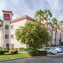 Comfort Suites Palm Desert I-10 in Palm Springs