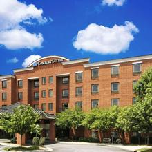Comfort Suites Regency Park in Raleigh