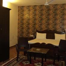 Corbett Comfort Lodge in Garjia