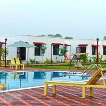 Corbett Holiday Forest Resort in Ramnagar