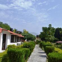 Corbett Roop Resorts in Nainital