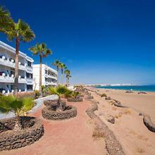 Costa Luz Beach Apartments in Puerto Del Carmen