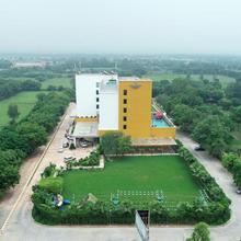 Country Inn & Suites By Radisson, Gurugram Sohna Road in Bhundsi