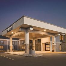 Country Inn & Suites By Radisson, La Crosse, Wi in La Crosse