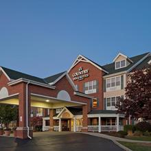 Country Inn & Suites By Radisson, Milwaukee West (brookfield), Wi in Milwaukee