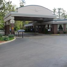 Country Inn & Suites of Traverse City in Traverse City
