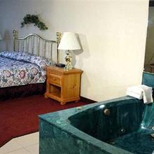 Country Inn-suites Kenosha in Kenosha
