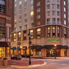 Courtyard By Marriott Baltimore Downtown/inner Harbor in Baltimore