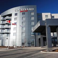 Courtyard By Marriott Calgary Airport in Calgary