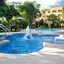 Courtyard By Marriott Cancun Airport in Cancun
