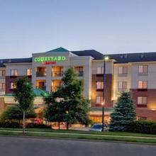 Courtyard By Marriott Madison-east in Madison