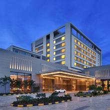 Courtyard By Marriott Madurai in Tirupparangunram