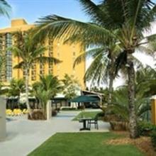 Courtyard Isla Verde Beach Resort in San Juan